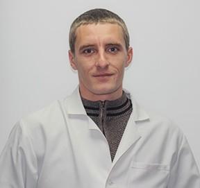 Якушенко Максим Миколайович
